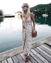 jumpsuit,tumblr,nude jumspuit,wide-leg pants,vacation outfits,bag,woven bag,sunglasses
