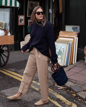 sweater tumblr knit knitwear knitted sweater blue sweater pants nude pants sunglasses shoes flats bag blue bag