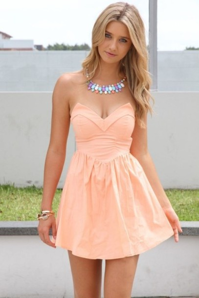 Strapless Sweetheart Neckline Mini Dress