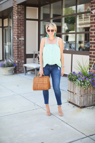 style archives - seersucker and saddles blogger top bag shoes jewels handbag skinny jeans sandals summer outfits tank top