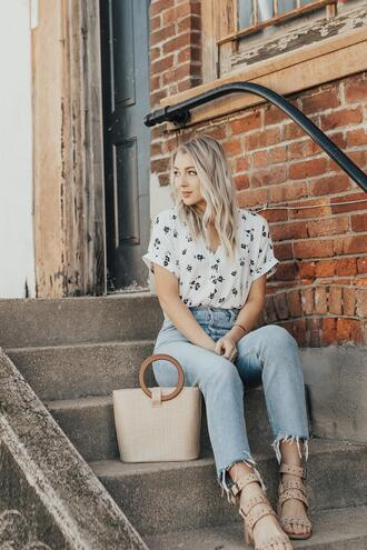 love lenore blogger top jeans shoes bag jewels handbag spring outfits