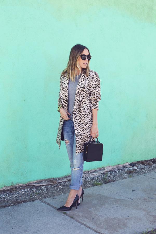 damsel in dior tank top jeans bag coat jewels shoes