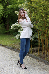heels on gasoline,sweater,t-shirt,jeans,shoes