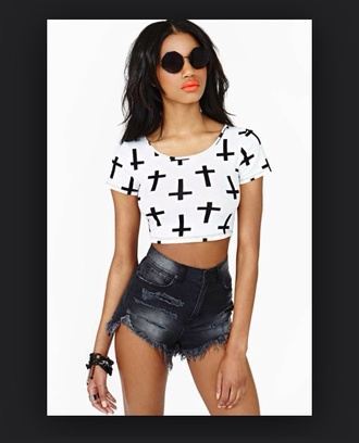 shirt crop tops white black cute cross classy summer outfits spring