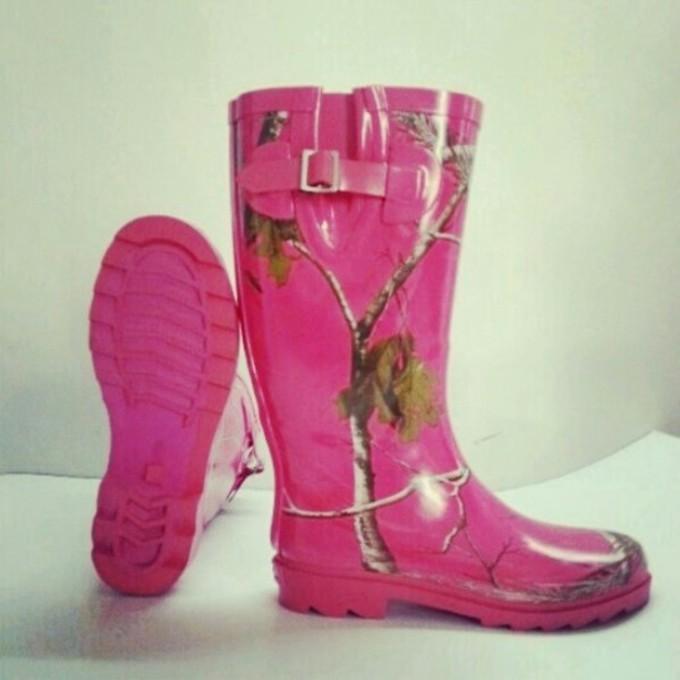 Camo Ugg Style Boots
