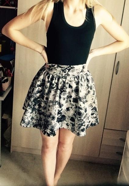 4565408dc black and white black and white skirt black white flowers floral floral  skater skirt floral floral