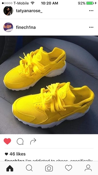shoes yellow huarache nike sneakers