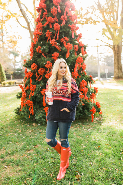 cortinsession blogger sweater dress t-shirt jeans shoes winter outfits pullover wellies boots