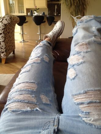 jeans ripped miley cyrus acacia brinley me mine infamous not photography converse topshop light stone washed cut off new hot cool