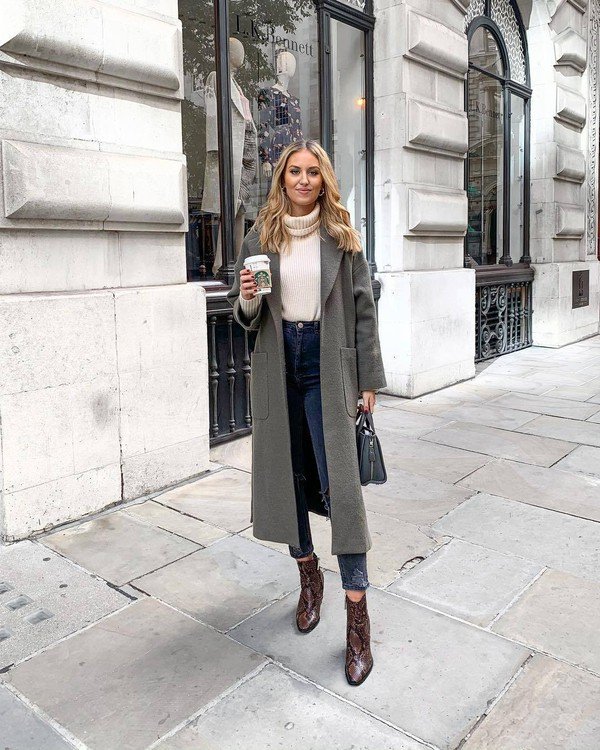 coat long coat wool coat grey coat jeans ripped jeans ankle boots snake print ankle boots skinny jeans high waisted jeans handbag turtleneck sweater denim turtleneck sweater zara brown boots snake print grey bag white sweater