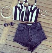 t-shirt,crop tops,black,white,short,denim,shorts
