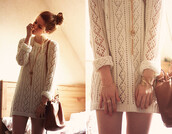 cream,long sleeve dress,knitted dress,dress,sweater dress,white,cute,winter sweater,winter dress,nail polish,top,sweater
