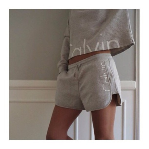 sweater calvin klein shorts clavin klein sportswear t-shirt grey cool fitness sportswear pajamas shirt set jumpsuit top tracksuit romper two-piece light grey crop tops long sleeves short