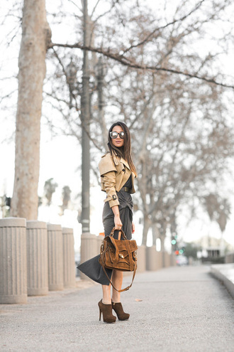 wendy's lookbook blogger sunglasses michael kors shoes suede shoes beige jacket maxi dress khaki brown bag skirt fall outfits