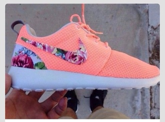 shoes peach nike roshe run roshe runs flowers nike roshe runs peach