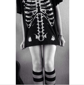 t-shirt skeleton skeleton top ribcage style tank top black t-shirt black and white tumblr grunge t-shirt emo death