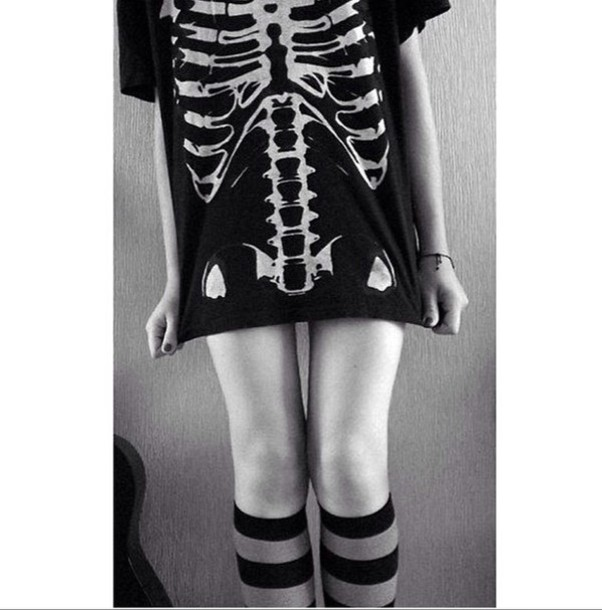 t-shirt skeleton skeleton top ribcage style tank top black t-shirt black and white tumblr grunge t-shirt emo death