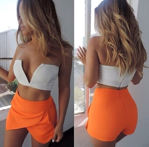 skirt top v top vee top v-neck v neck orange skort outfit romper two-piece two-piece sets set cleavage