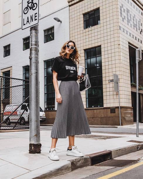 skirt midi skirt pleated skirt sneakers white sneakers black t-shirt oversized t-shirt cat eye handbag givenchy earrings