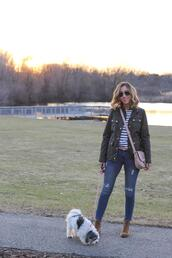 lilly's style,blogger,jacket,t-shirt,jeans,shoes,belt,bag,crossbody bag,skinny jeans,spring outfits