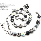 jewels,swarovski,black and white,embellished,stylish,style,fashionista,statement necklace