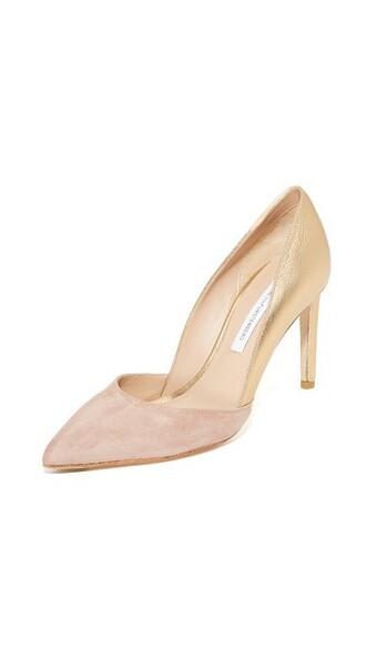 pumps gold shoes