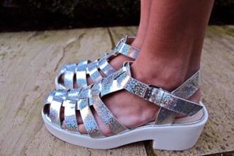 shoes summer silver wedges sandals metallic metallic shoes low heels ankle strap buckle tumblr cute pale platform shoes grunge soft grunge heels shop