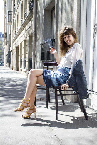 top jeanne damas white top skirt blue skirt tie dye sandals sandal heels high heel sandals