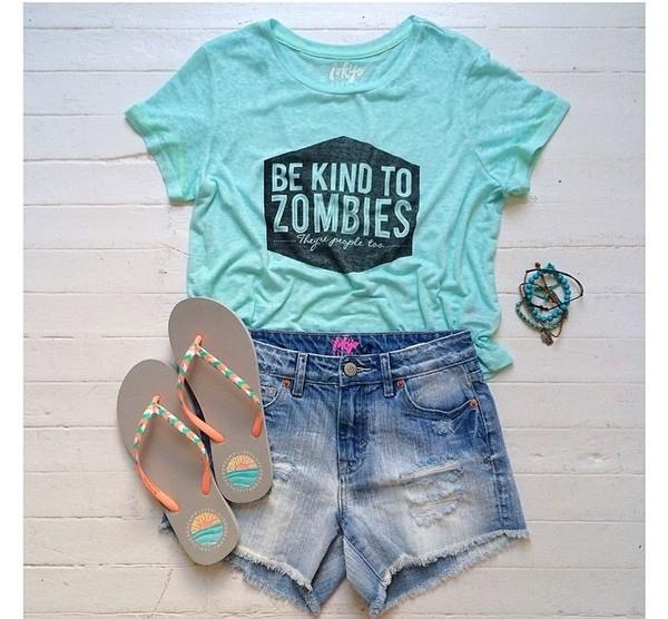 t-shirt light blue zombie