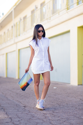walk in wonderland,t-shirt,skirt,shoes,bag,sunglasses