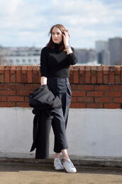 shot from the street,blogger,coat,culottes,turtleneck,black sweater,pants,sweater,shoes
