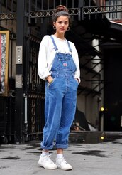 jeans,dungarees,old school,light blue,overalls,oversized,denim,jumpsuit,fashion,90s style,90's shirt,denim jumpsuit,romper,tumblr,hipster,summer,festival,indie,boho,sweater,white,sweatshirt,big,denim overalls,pants,blue jeans,salopette,blue,mom jeans,80s style,nike