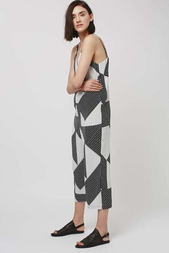 jumpsuit black and white wide-leg pants geometric cropped pants