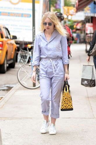 jumpsuit bag dakota fanning sneakers