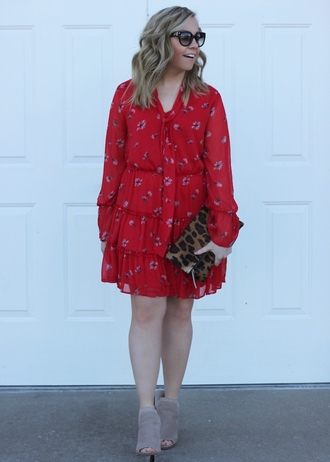 stylin in st. louis blogger dress shoes jewels red dress clutch booties