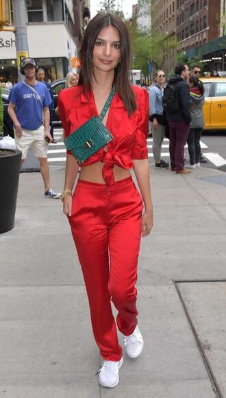 bag purse pants top shirt emily ratajkowski model off-duty streetstyle red celebrity