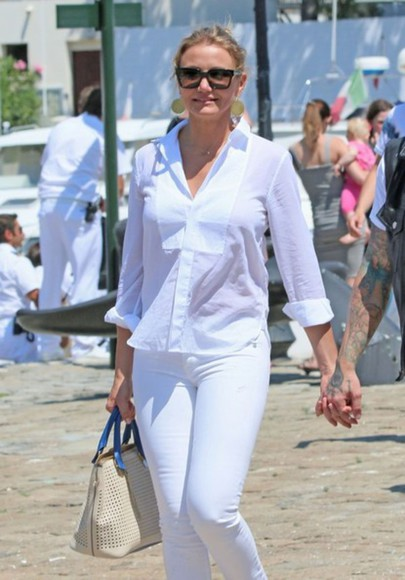 jewels earrings shirt white shirt cameron diaz gold earrings bag