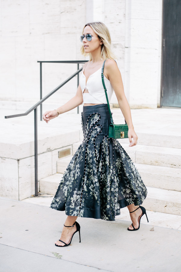 damsel in dior blogger skirt shoes jewels bag