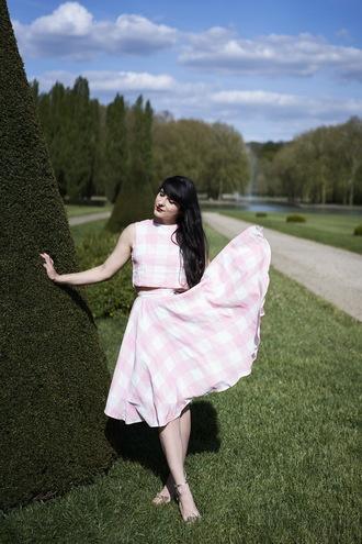 the cherry blossom girl blogger top skirt shoes sunglasses