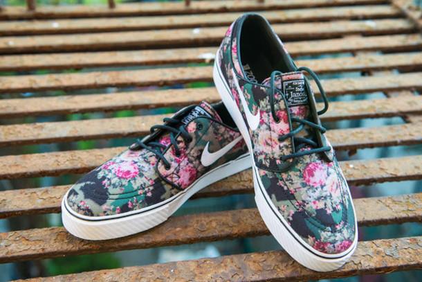 24f7e5112043 shoes sb janoski nike floral chaussures fleurs pink green black rose vert  noir skater skater shoes