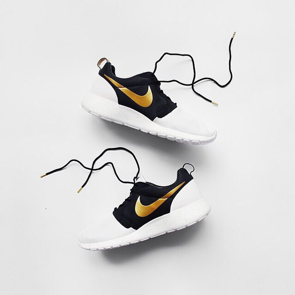 nike nike shoes nike running shoes nike roshe run nike sneakers black sneakers gold white sneakers workout sportswear sports shoes