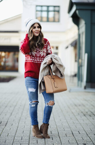 dress corilynn blogger sweater jeans coat shoes hat bag handbag beanie winter outfits winter sweater christmas sweater red sweater ripped jeans ankle boots
