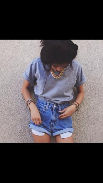 tumblr outfit shirt shorts t-shirt pocket shorts dark denim shorts short gray bijoux