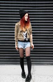 le happy,blogger,jacket,t-shirt,creepers,denim shorts,knitted beanie,knee high socks,shorts,hat,socks