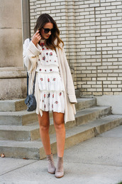 twenties girl style,blogger,dress,cardigan,shoes,sunglasses,bag,shoulder bag,ankle boots,embroidered dress
