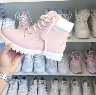 shoes timberlands pink pastel pretty fashion boots fall outfits cute chunky heel