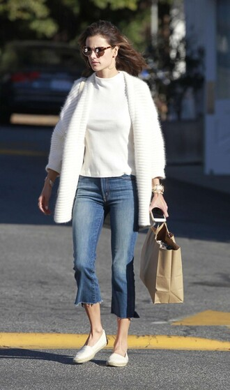 cardigan fall cardigan top fall sweater fall outfits alessandra ambrosio jeans