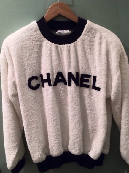 pink wool chanel sweater white chanel logo chanel