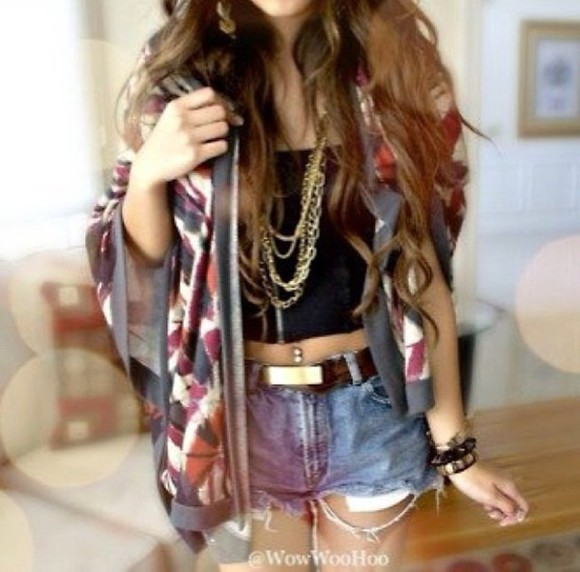 gold chain gold jewelry denim shorts shorts cardigan belly button ring
