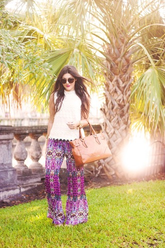 carly maddox blogger top pants jewels bag t-shirt sweater blouse